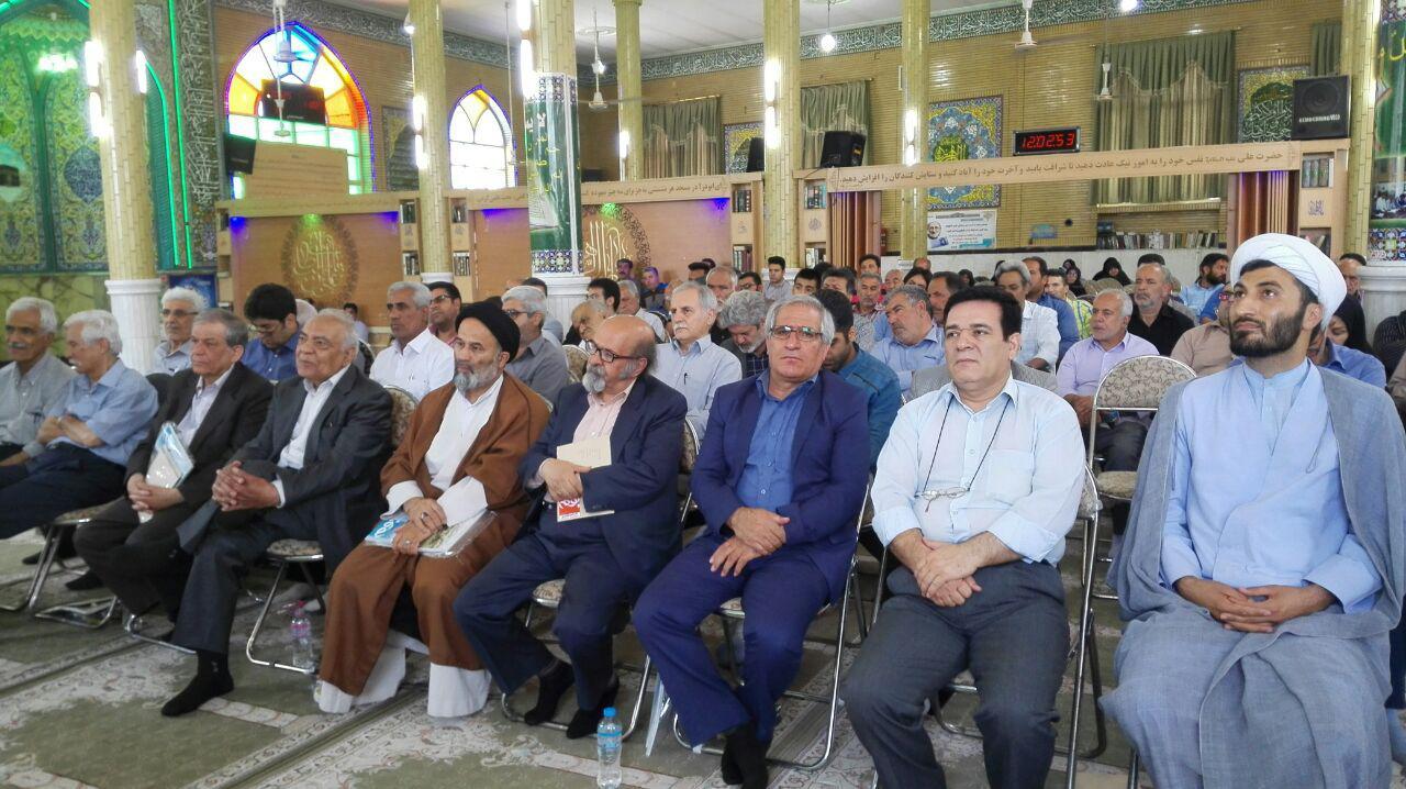 مراسم نکوداشت و تجلیل از پروفسور جواد صفی نژاد در روستای طالب آباد منوچهر لطفی
